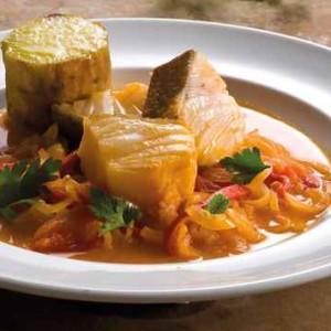 Caldeirada-de-Bacalhau,-Batata-Doce-Assada-e-folhas-de-salsa_large